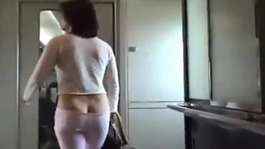 Chinese buttcrack (I don't own video)