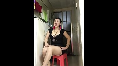chinese wife dance 南昌玲玲 01