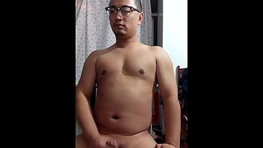 Stocky Chinese jerkoff
