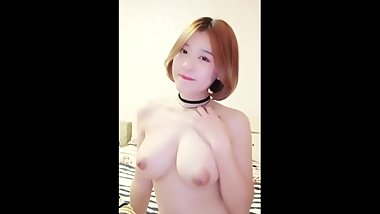 Chinese Cam Girl 小莹 XiaoYing - Live BG Show