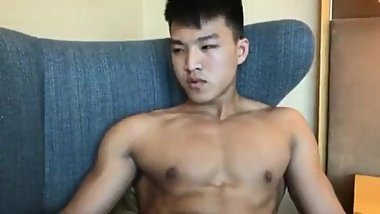 Hottest Chinese Muscular Masturbation