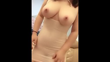 Busty Chinese Housewife Live Show