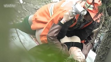 Zhuhai couple having sex in the forest