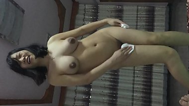 Chinese girlfriend at home sex play striptease
