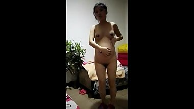 Chinese pregnant girl bare ass dance naked dance, super funny
