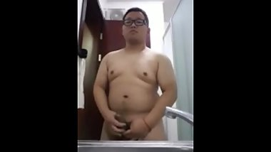 chinese chubby young boy jack off