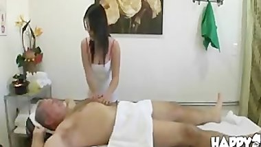 Thai Masseuse Fucks Client And Makes Him Cum asian cumshots asian swallow j